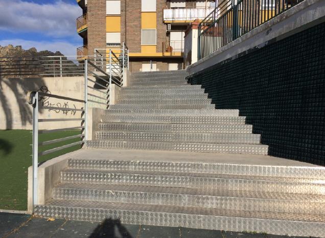 foto escalera 2